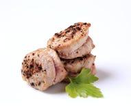 Medaglioni del filetto del porco arrostiti vaschetta Fotografia Stock