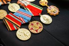 Medalhas do aniversário de uma vitória na guerra Fotos de Stock Royalty Free