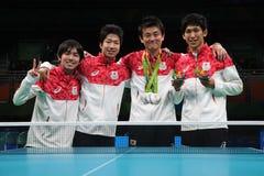 Medalj för lag för man` s Japan silverpå OS:en 2016 Arkivfoto