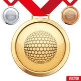 Medalla de oro con el símbolo de un golf dentro Imagen de archivo libre de regalías