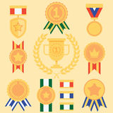 Medallas planas de los iconos del éxito del estilo fijadas Imagen de archivo libre de regalías