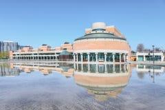 Medborgarcentrum i Markham, Kanada på en solig dag Fotografering för Bildbyråer