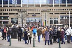 Medborgare som går på Bryssel på söndag, Januari 11, 2015 Royaltyfri Fotografi