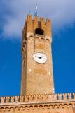 Medborgerligt torn - Treviso Italien Arkivfoton