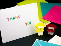 Meddelandekort för dina familj och vänner; Tacka dig royaltyfria bilder