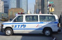 Medel för NYPD-trafikkontroll i Manhattan Royaltyfri Fotografi