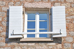 medelhavs- öppet fönster Royaltyfria Bilder