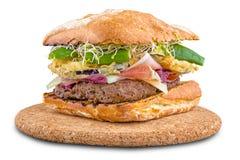 Medelhavs- gourmet- hamburgare Royaltyfri Bild