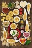 Medelhavs- kokkonst Den nya och saftiga skinka- och melonsunen formade bakgrund Arkivfoto