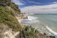 Medelhavs- kusthav, Roda de Bera, Costa Dorada, Catalonia, Royaltyfri Bild