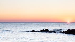 medelhavs- near solnedgång för croatia dubrovnik öläge Arkivbild