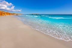 Medelhavs- paradis för Menorca Platja de Binigaus strand Arkivfoton