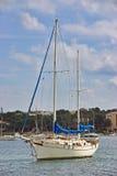 Medelhavs- segelbåt Royaltyfri Bild