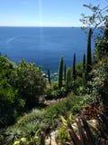 Medelhavs- sikt över havet från monteringen för St Michael ` s Arkivbilder