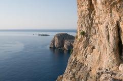 medelhavs- sikt för kust Royaltyfri Fotografi