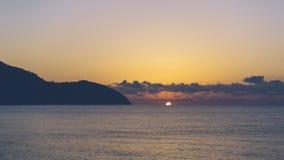 Medelhavs- soluppgångtidschackningsperiod arkivfilmer