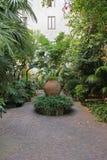 Medelhavs- trädgård Arkivfoto