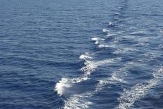 Medelhavs- vågor Arkivbild