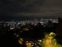 MedellÃn stad Colombia royaltyfri fotografi