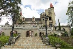 Medellin, Antioquia/Kolumbien - 7. Oktober 2018 Schöner Panoramablick des mittelalterlichen gotischen Schlossmuseums in Medellin lizenzfreie stockfotografie