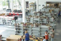Medellin-biblioteca pública piloto Eröffnungstag der öffentlichen Bibliothek im Dezember 2018 lizenzfreie stockbilder
