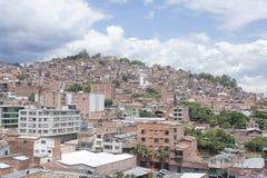 Medellin - Colombia, 18 Juni 2016 Overzicht van het kwart El Salvador ` De buurt van El Salvador `, in stad 09 centrum wordt geve Royalty-vrije Stock Afbeeldingen