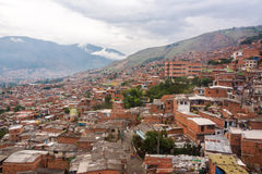 Medellin slumkvarter royaltyfria bilder