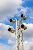 MEDELTALstrålkastare på ett belysningsystem för etappen Arkivfoto