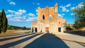 Medeltida abbotskloster av San Galgano från det 13th århundradet, nära Siena, Tus Arkivfoton
