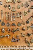 medeltida amulett Arkivfoton