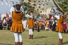 Medeltida arrangerad strid - Rievocandum 2015 Royaltyfri Fotografi