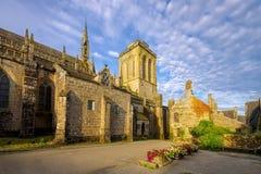 Medeltida by av Locronan, Brittany Arkivfoto