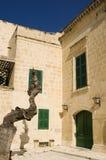 medeltida barock facade arkivbild