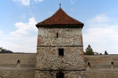 Medeltida Brasov befästningar, Rumänien Arkivfoto