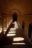 medeltida cloister royaltyfri fotografi