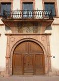 medeltida dörr Arkivfoton