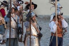 medeltida deltagare för dräkt arkivbilder