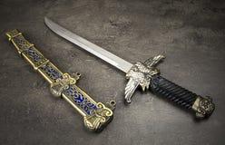 medeltida dolk Royaltyfria Bilder