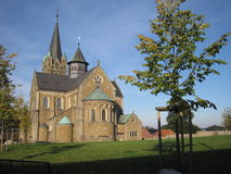 Medeltida domkyrka i Tyskland Ankum royaltyfri fotografi