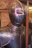 medeltida dräkt för armor Arkivbild