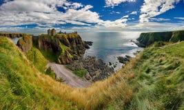 Medeltida fästningDunnottar slott & x28; Aberdeenshire Scotland& x29; Fotografering för Bildbyråer