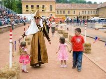 medeltida följekvinna Arkivbilder