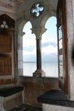 medeltida fönster för slott Arkivbild