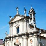 medeltida gammal arkitektur i Italien Europa milan religion a royaltyfri fotografi