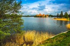 Medeltida gammal slott i Trakai, Litauen Royaltyfri Foto