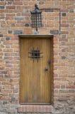 medeltida gammalt för dörr Royaltyfri Fotografi