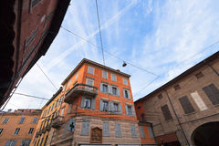 Medeltida hus i Modena, Italien Royaltyfri Fotografi