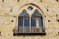 Medeltida italienskt fönster Arkivfoto