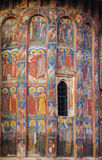 Medeltida kyrklig freskomålning royaltyfria bilder