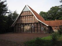 Medeltida lantgårdhus i Tyskland Ankum Royaltyfri Bild